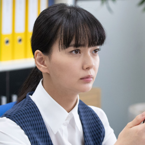 NHKドラマ10【これは経費で落ちません】主演の多部未華子さん